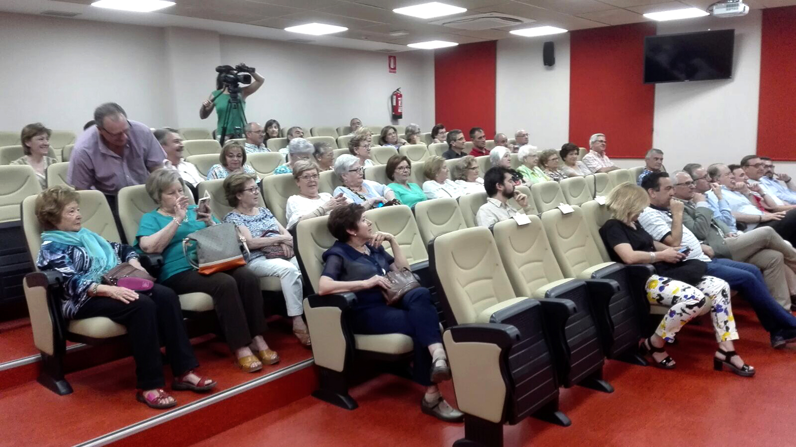Público asistente a la presentación.